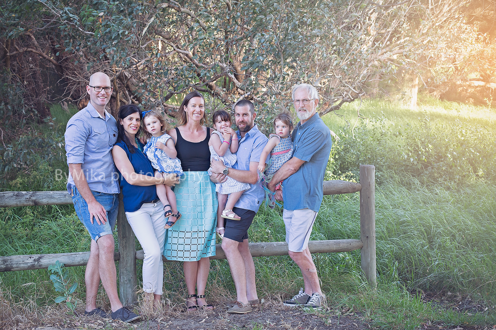 Large family photography sessions are so much fun, call ByMika photographer
