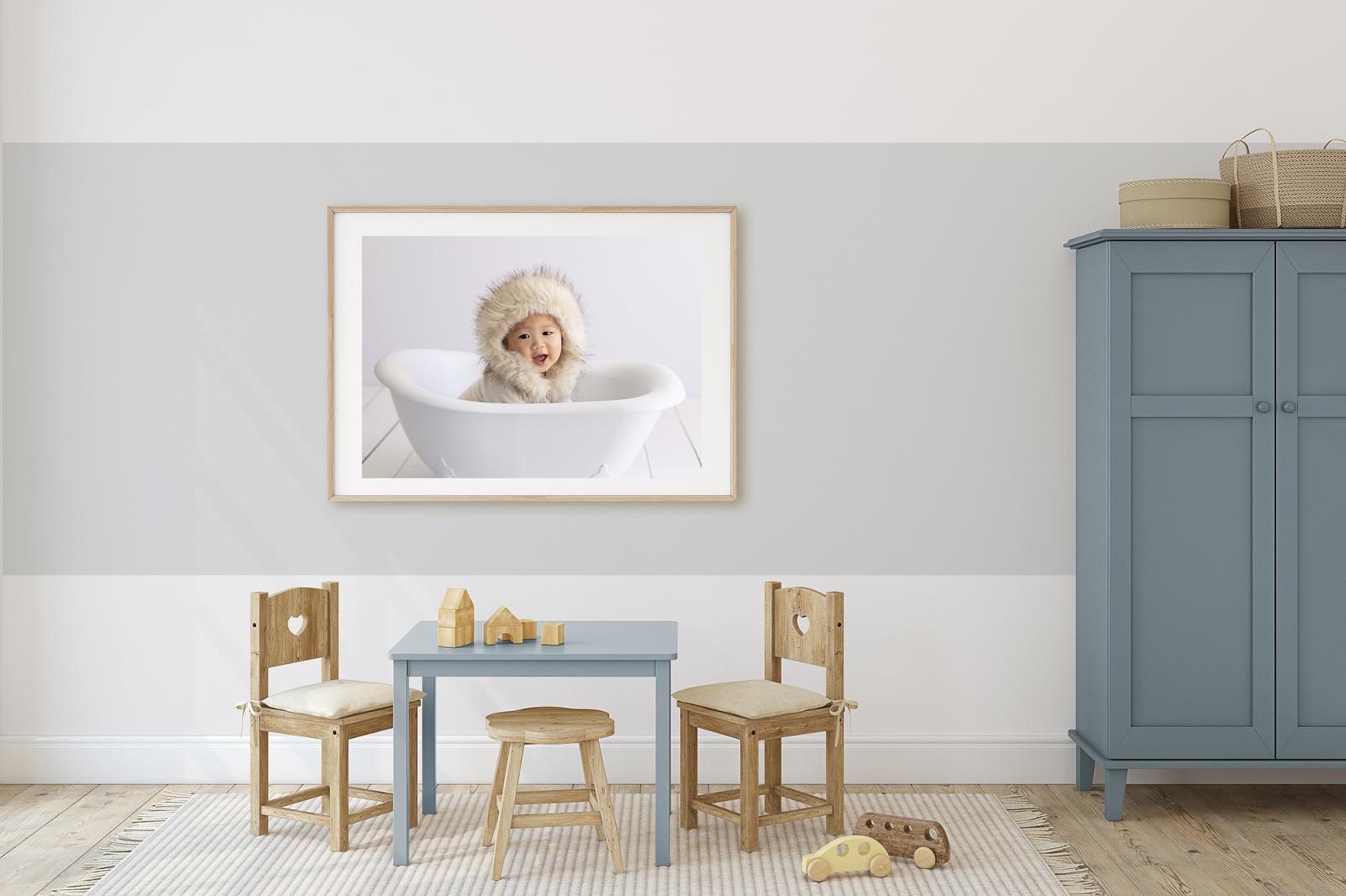 Family photos in kids bedroom